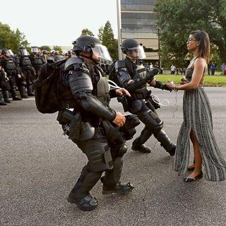 #BLACKLIVESMATTER Retour Des VIOLENCES POLICIÈRES Dairing Tia FRANCE ARAB ASIATIQUE NOIR