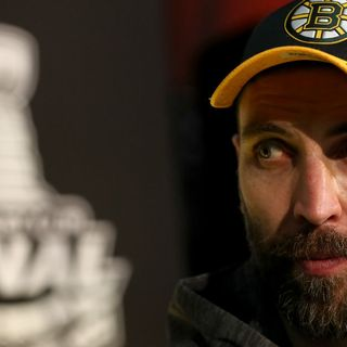 Bruins Captain Zdeno Chara Admires Patriots QB Tom Brady
