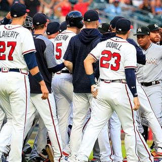 Out of Left Field: Pressure is mounting on quite a few MLB teams making their playoff push, plus the Braves are hot and much more