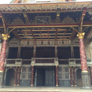 London Day 4 : Shakespeare's Globe