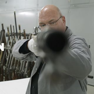 """Rocco Di Mento, una conversazione con l'autore del film """"Waffen"""""""