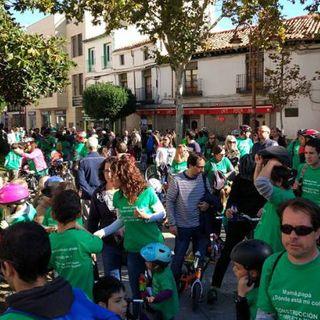 Gran participación en la bicicletada en defensa de la Escuela Pública