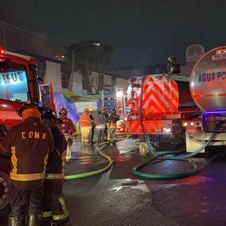 Se reporta un incendio en el mercado de San Cosme