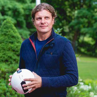 """ŠOU PO DEVINTOS. """"Euro2020"""": L.Zareckas-Choras pasakoja apie futbolo lažybas tarp draugų"""