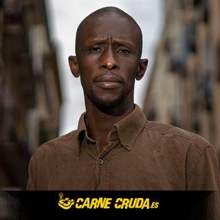 Serigne Mbaye: de refugiado climático a candidato político  (CARNE CRUDA #857)