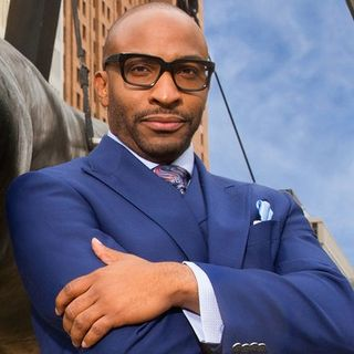The Celebrity Chop Shop with Pastor David Alexander Bullock