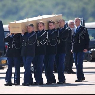 News: Sex Spread Sheet, Coffin Arrive NL
