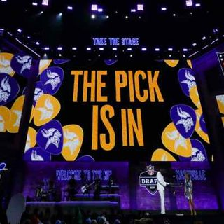 Purple People Eaters: Vikings Mock Draft 2.0 & Trade Ideas For 0-Line!