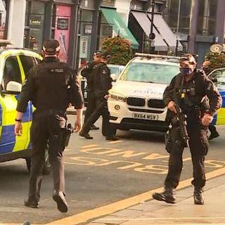 Birmingham, diverse persone accoltellate. Forse una rissa a scatenare la violenza