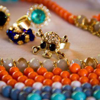Conformità accessori, bigiotteria e gioielli