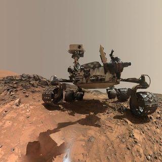 472-Martian Mysteries