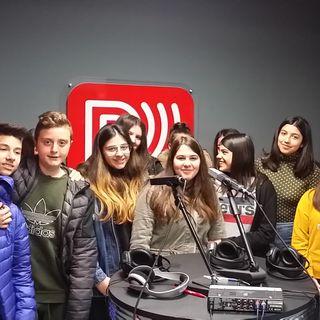 Seconda puntata zero della classe 3B presso la sede di Radio Frequenza