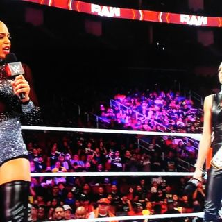WWE Raw Is Riggster Review Oct. 25, 2021- Bianca Belair And Becky Lynch Exchange