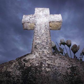 Tod auf dem Friedhof