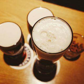 'Hvor vi spiser': En mikrobrygger og en makrobrygger diskuterer øl, før, nu og i morgen