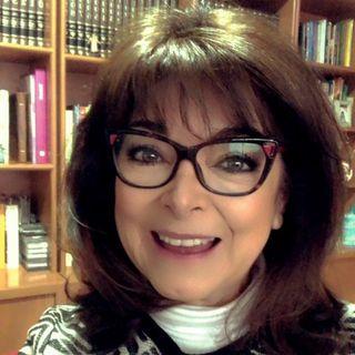 """""""Variantes en las vacunas, cuidados y complicaciones"""" con la Dra. Rosa Eugenia Chávez Calderón."""