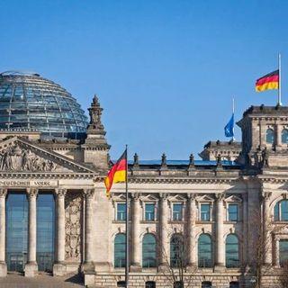 Elezioni in Germania, con il 25,7% vincono i socialdemocratici del Spd. Nuovo governo entro Natale