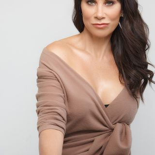 Celebrity makeup artist and CEO of Pretty Girl Makeup Christina Flach is my very special guest on The Mike Wagner Show!