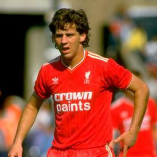 Jim Beglin - Liverpool Premier League Champions