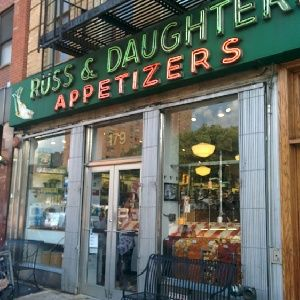 Tras Louie C.K. hasta Russ & Daughters