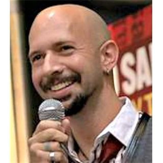 "Interview with Best-Selling Author, Neil Strauss on ""The Truth"""