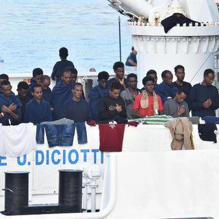 Riccardo Polidoro - La Diciotti ancora ferma a Catania