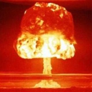 Le bombe atomiche sul Giappone, tra disastri e grazie