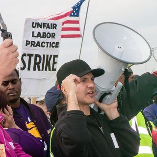 Striking Verizon Workers Head Back To Work