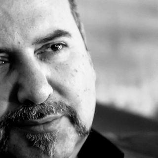 """Adriano Formoso: """" la musica ha dei poteri sulla mente, e in questo momento i suoni aitano a farci uscire dalle mura"""""""