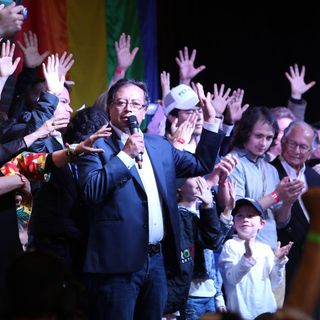 """No me siento derrotado"": Gustavo Petro"