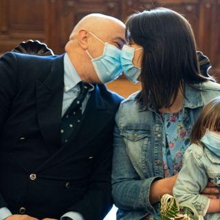 """Coronavirus: i medici sposi, """"un matrimonio in tempi di guerra"""" (di Paola Lo Mele)"""