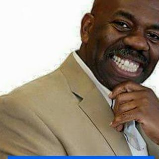 DR. WALTER SIMS: PASTOR, COACH, MOTIVATOR, ALL AROUND GOD GUY!!