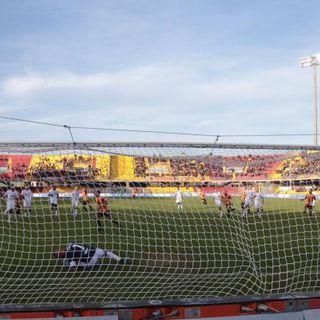 Calcio, è lo Spezia a salire in A con Benevento e Crotone. Una promozione storica per i liguri