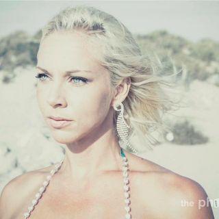 Bikini Model Melissa DeWesse