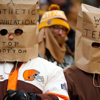 Gameday I.Q.:The impact of the Perfect Season (0-16) Parade on Cleveland and Much More