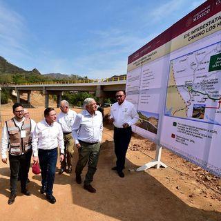 AMLO supervisó avances de carretera Tamazula-Canelas