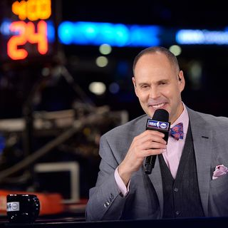 TNT's Ernie Johnson on growing up in Milwaukee, 'Inside the NBA' and the greatness of Giannis