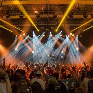 Spagna: 5 mila persone in concerto, l'esperimento con la mascherina ma senza distanziamento