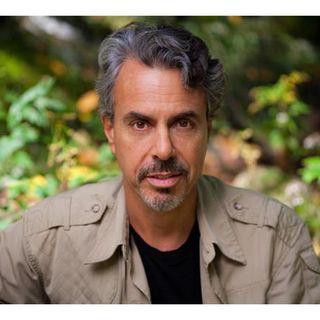 Chris Kilham, The Medicine Hunter: The Ayahuasca Test Pilots Handbook