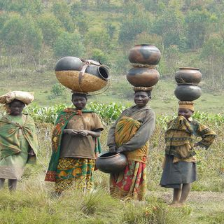 CALMIE AFRICAN DIARY - THE FORGOTTEN TRIBE IN THE RWANDA GENOCIDE