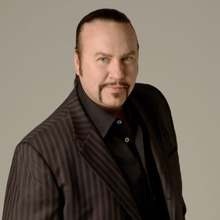 Episode #95: Grammy-Winning Songwriter Desmond Child VISITS!