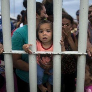 Redadas en EU; extensión de mandato en Baja California; derrame en Mar de Cortés