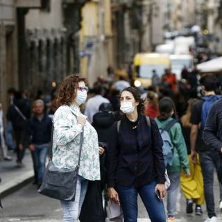 Coronavirus, salgono i contagi. A Milano giunto in Fiera il primo dei 6 pazienti attesi