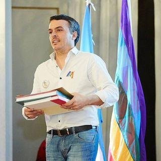 Día Internacional contra la homofobia - Entrevista Esteban Paulón