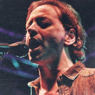 Kırmış Kalbini (Live At Bostancı Gösteri Merkezi, İstanbul / 04 Ekim 2003 - Bu Akşam)