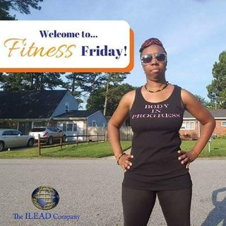 Top Stretches For Joggers | Lakeisha McKnight | Fitness Friday
