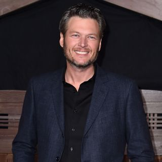 Blake Shelton Really the Sexiest Man Alive - Drake Called Out Harrassment Mid-Concert & Does Titanic Still Have Appeal