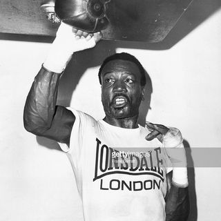 Ringside Boxing Show Bombs Away: The legendary Bob Foster