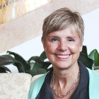 Leadership Expert Sally Helgesen stops by #ConversationsLIVE