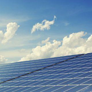 Verso pannelli fotovoltaici che sfruttano (quasi) tutta la luce